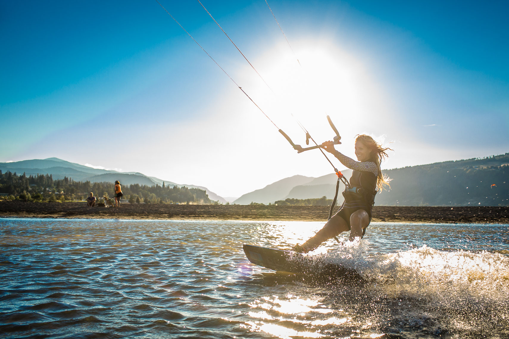 Kite Surfing on the Columbia River in Oregon